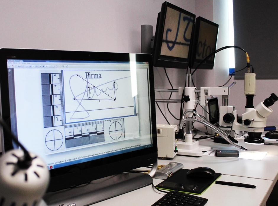 laboratorio criminalistico en Sevilla